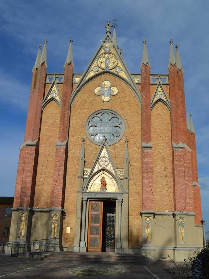 chiesa-di-fronte